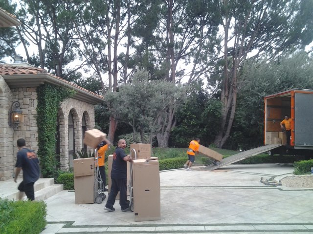 Prodigy Moving & Storage – Los Angeles, CA